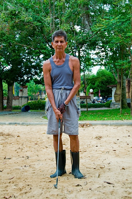 Thai Golf Player.png